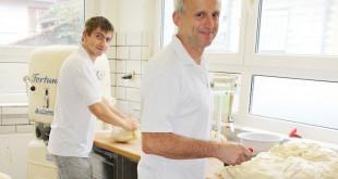 Friedbert Stiefel, Bäckermeister aus Gondelsheim, bildet gerne aus.