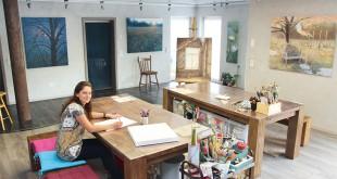 Elvira Schröder in ihrem Atelier