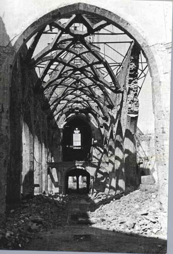 Bruchsler Stadtkirche | nach der Bombardierung