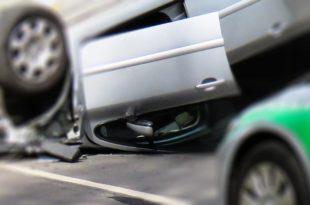 Symbolbild-Autounfall-Überschlag-pb