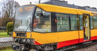 2018-12-08-2-Unteröwisheim-Zusammenstoß-Traktor-Straßenbahn-S32