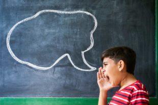 Symbolbild-Selbstbehauptung-Schrei-Argumentation-Schule-Wehr-dich