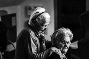 Senioren Pflege Alter Fürsorge Freundschaft nspl