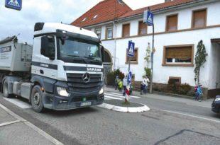 Zebrastreifen Münzesheim |LKW