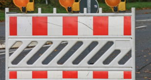 roadblock38115081920