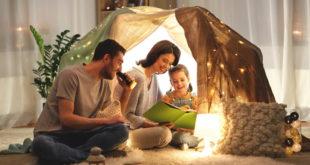 Hygge-Ausstattung | Hygge | Lichterkette | Wolldecke | gemütlich | Zuhause | Heimat | Familie