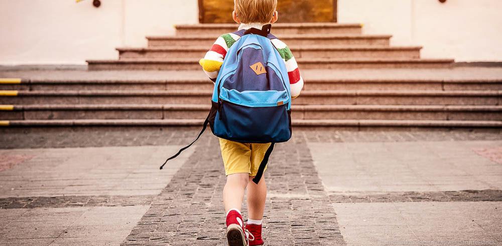 Kindergarten Schüler Erzieher Erzieherin Schulweg