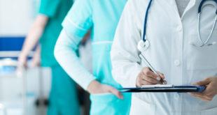Arzt Arzthelferin Pflegeberuf Krankenschwester Klinik Krankenhaus