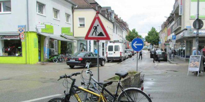 Bruchsal Straßenschild Rollingenstraße