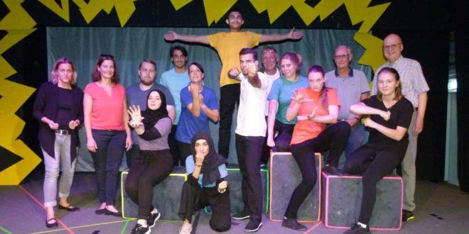 Theaterstück Helden Bruchsal