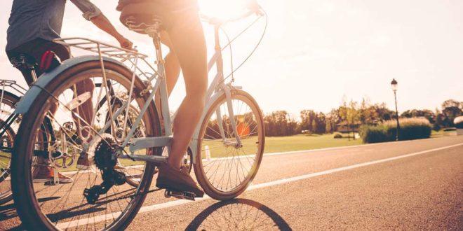 ss_484949437 Fahrrad Fahrradtour Sommer