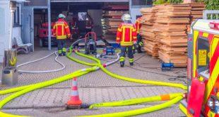 Feuer Feuerwehr, Brand, Sauna, Löschen, Einsatz