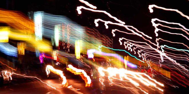 Betrunkener Autofahrer bei Nacht