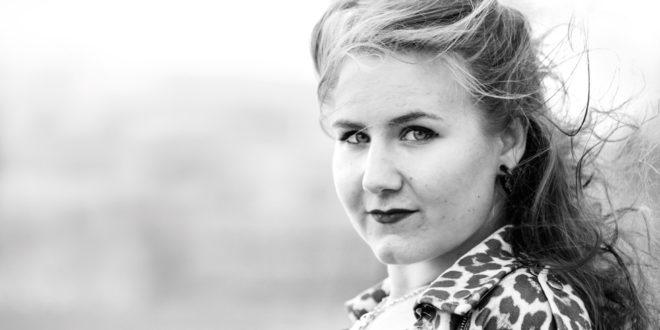 Gloria Blau Musik Sängerin Helmsheim