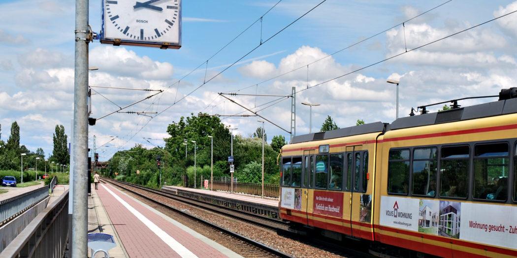 Stadtbahn KVV Nahverkehr Zug Bahn