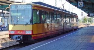 Stadtbahn KVV Nahverkehr Zug Bahn Bahnhof Bruchsal