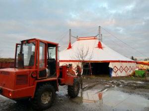 Abbau Bruchsaler Weihnachtscircus Circus Kaiser