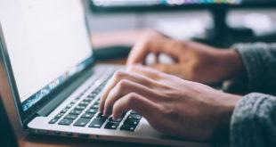 Laptop Online Internet Recherche WLAN