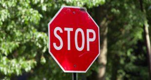 Stop Schild Verkehrszeichen Unfall